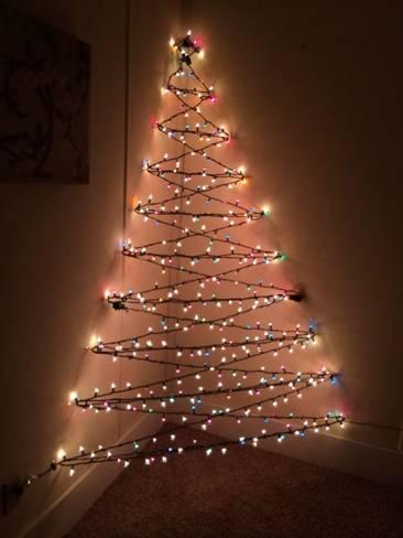 """""""Kifeszített"""" karácsonyfa"""