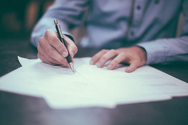 A jegyzőnek írásbeli kérelmet is be kell nyújtania