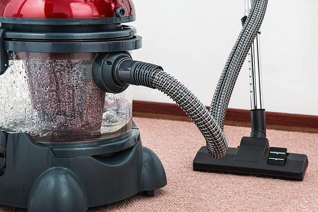 A zajos háztartási gépek gyakori használata is probléma lehet a szomszédok számára
