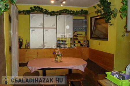 Eladó  családi ház Budapest XXI. ker, 26.900.000 Ft, 78 négyzetméter