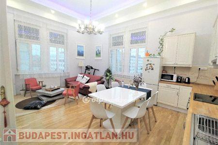 Eladó  lakás Budapest V. kerület, 85.900.000 Ft, 76 négyzetméter