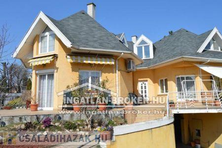 Eladó  családi ház Budapest XXIII. ker, 180.000.000 Ft, 344 négyzetméter