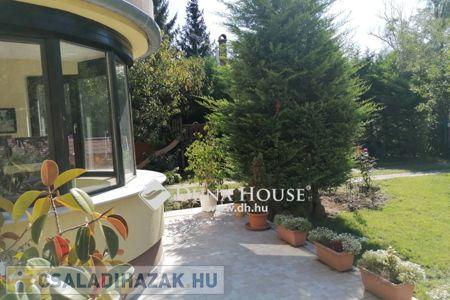 Eladó  családi ház Budapest II. ker, 204.000.000 Ft, 270 négyzetméter