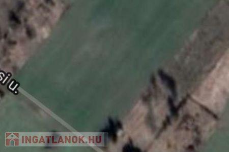 Eladó  telek/földterület Székesfehérvár, Maroshegy, 5.490.000 Ft, 1.529 m<sup>2</sup>