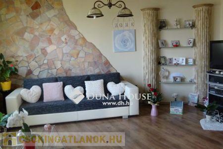 Eladó  lakás Debrecen, 33.900.000 Ft, 96 négyzetméter