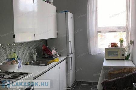 Eladó  lakás Szolnok, 13.900.000 Ft, 47 négyzetméter