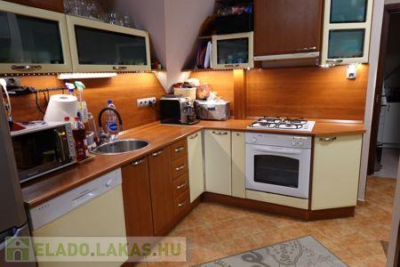 Eladó  lakás Kaposvár, 29.500.000 Ft, 79 négyzetméter