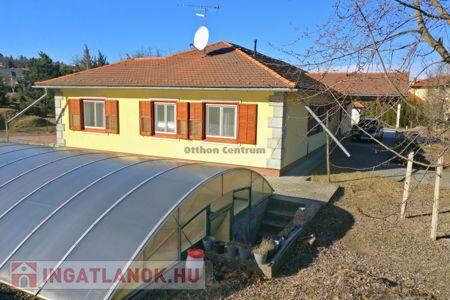 Eladó  ház Mogyoród, 96.000.000 Ft, 209 négyzetméter