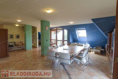 Eladó  iroda/üzlethelyiség Budapest XII. ker, 2.000.000 €, 700 négyzetméter