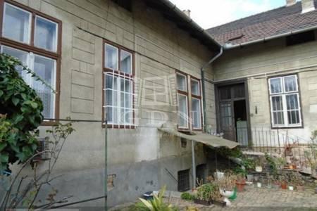 Eladó  családi ház Budapest VIII. ker, 140.000.000 Ft, 174 négyzetméter