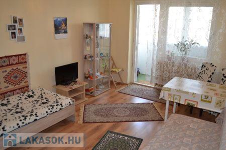 Eladó  lakás Budapest III. ker, Békásmegyer, 22.400.000 Ft, 31 négyzetméter