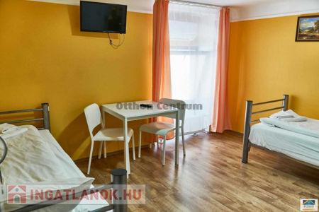 Eladó  lakás Budapest VII. ker, 649.000.000 Ft, 571 négyzetméter