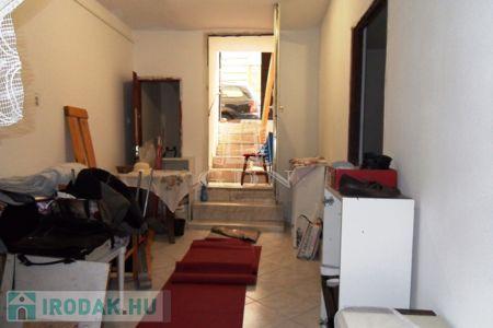 Eladó  iroda Budapest VI. ker, 21.000.000 Ft, 71 négyzetméter