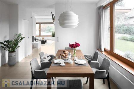 Eladó  családi ház Budapest XXI. ker, 220.000.000 Ft, 180 négyzetméter