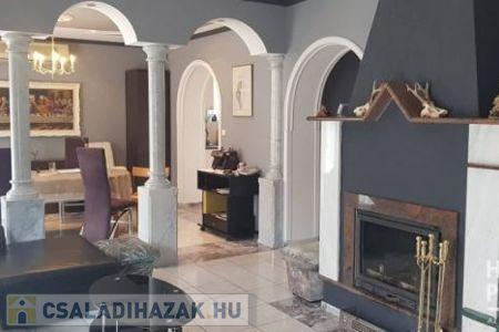 Eladó  családi ház Szeged, 79.900.000 Ft, 120 négyzetméter