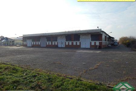 Eladó  ipari ingatlan Szeged, Iparváros, 300.000.000 Ft+ÁFA, 2.872 négyzetméter