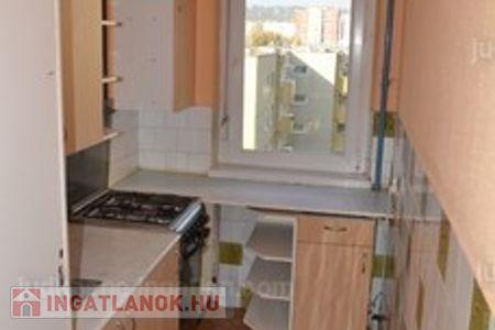 Eladó  lakás Budapest III. ker, Békásmegyer, 26.500.000 Ft, 57 négyzetméter