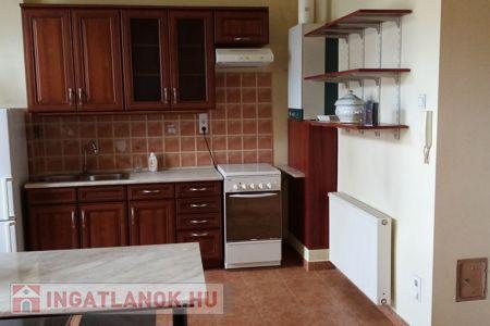 Eladó  lakás Budapest VIII. ker, 43.100.000 Ft, 80 négyzetméter