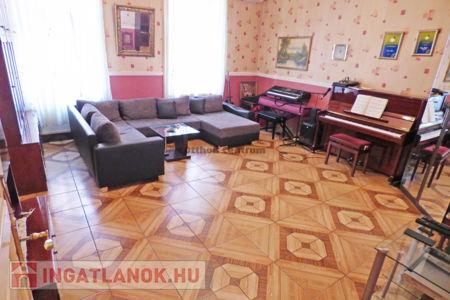 Eladó  lakás Budapest VIII. ker, 31.500.000 Ft, 70 négyzetméter