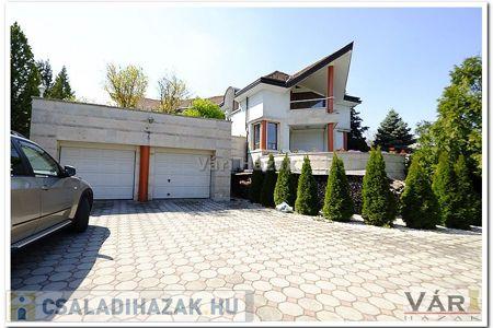 Eladó  családi ház Mogyoród, 166.500.000 Ft, 400 négyzetméter