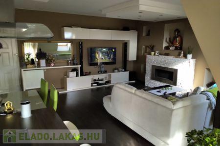 Eladó  lakás Kaposvár, 38.000.000 Ft, 108 négyzetméter
