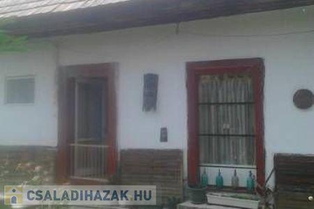Eladó  családi ház Budapest III. ker, 28.600.000 Ft, 38 négyzetméter