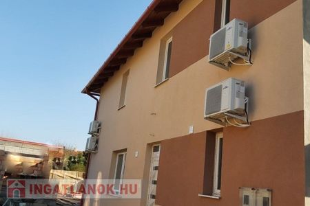 Eladó  ház Budapest XVIII. ker, Lónyaytelep, 74.000.000 Ft, 120 négyzetméter