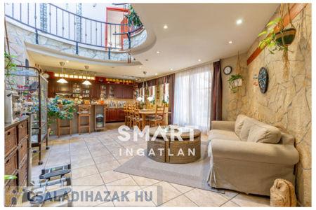 Eladó  családi ház Szentendre, 99.000.000 Ft, 270 négyzetméter