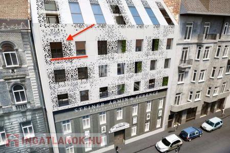 Eladó  lakás Budapest VI. ker, 74.900.000 Ft, 66 négyzetméter