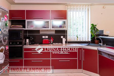 Eladó  ház Debrecen, 84.900.000 Ft, 180 négyzetméter