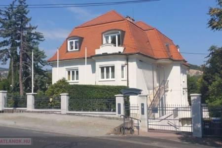 Eladó  családi ház Budapest II. ker, 519.000.000 Ft, 650 négyzetméter