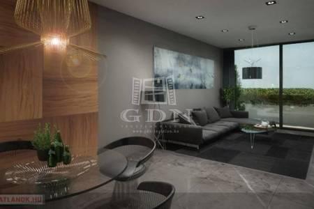 Eladó  lakás Szeged, 40.220.537 Ft, 101 négyzetméter