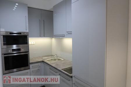 Kiadó  lakás Budapest VIII. ker, Corvin negyed, 218.500 Ft/hónap, 50 négyzetméter