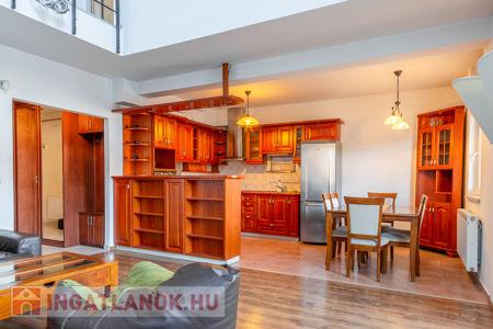 Eladó  lakás Budapest VIII. ker, 88.900.000 Ft, 107 négyzetméter