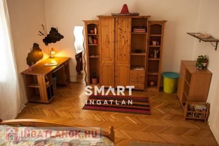 Eladó  lakás Budapest VI. ker, 63.500.000 Ft, 68 négyzetméter