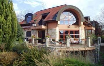 Eladó ház