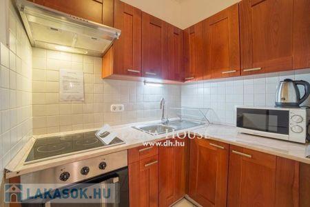 Eladó  lakás Budapest VII. ker, 76.777.800 Ft, 57 négyzetméter