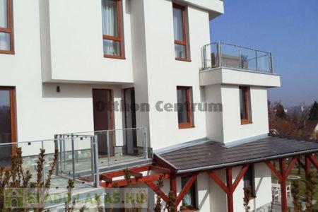 Eladó  lakás Kaposvár, 55.000.000 Ft, 107 négyzetméter