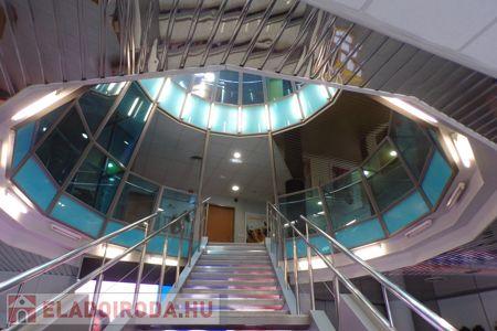 Eladó  iroda/üzlethelyiség Budapest III. ker, Kaszásdűlő, 1.150.000.000 Ft, 3.701 négyzetméter