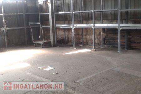 Eladó  ipari ingatlan Dunakeszi, 99.500.000 Ft, 914 négyzetméter