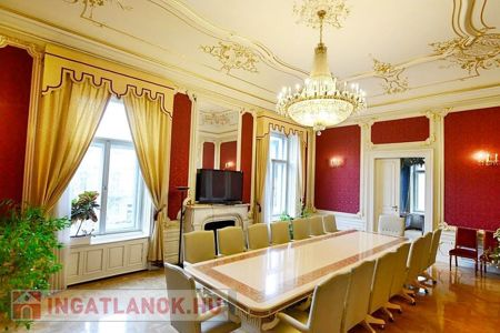 Eladó  iroda/üzlethelyiség Budapest VI. ker, 2.480.000.000 Ft, 2.400 négyzetméter