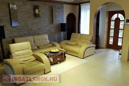 Eladó  ház Szentendre, 189.000.000 Ft, 160 négyzetméter