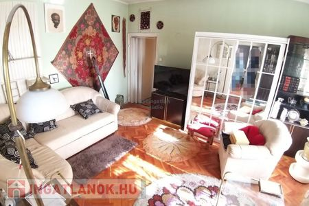 Eladó  lakás Debrecen, 22.900.000 Ft, 53 négyzetméter