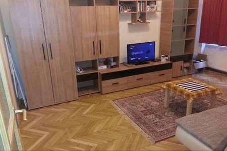 Albérlet, kiadó lakás Budapest VII. ker, 140.000 Ft/hónap, 42 négyzetméter
