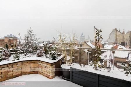 Eladó  lakás Budapest VI. ker, 100.800.000 Ft, 79 négyzetméter