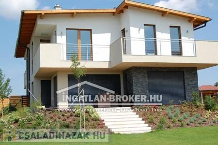 Eladó  családi ház Budapest XXII. ker, 63.000.000 Ft, 130 négyzetméter